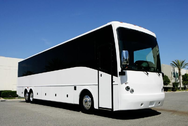 40 Passenger party bus Tampa