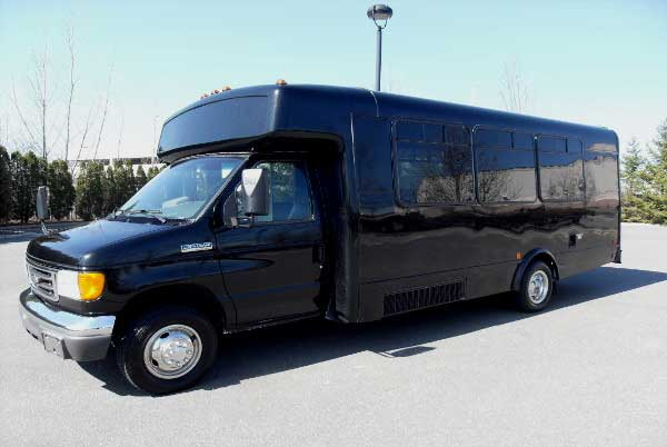 18 passenger party buses Lutz