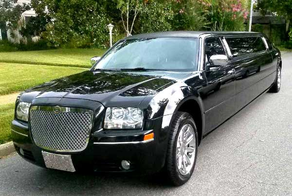 Chrysler 300 limo service New Port Richey