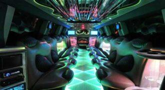 Hummer limo Lutz interior