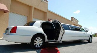 lincoln stretch limo rentals Palm Harbor